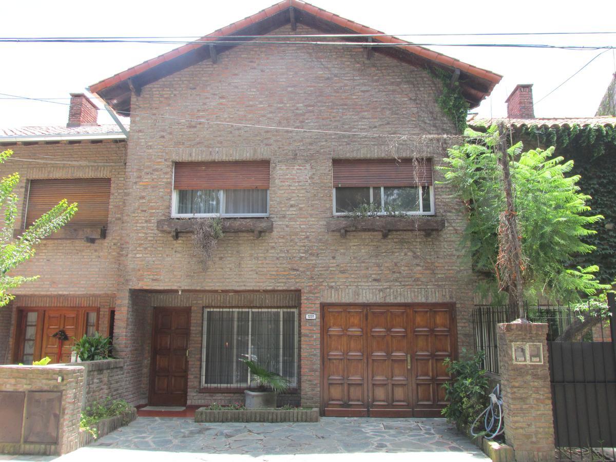 Foto Casa en Venta en  Boulogne,  San Isidro  Placido Marin al 1600