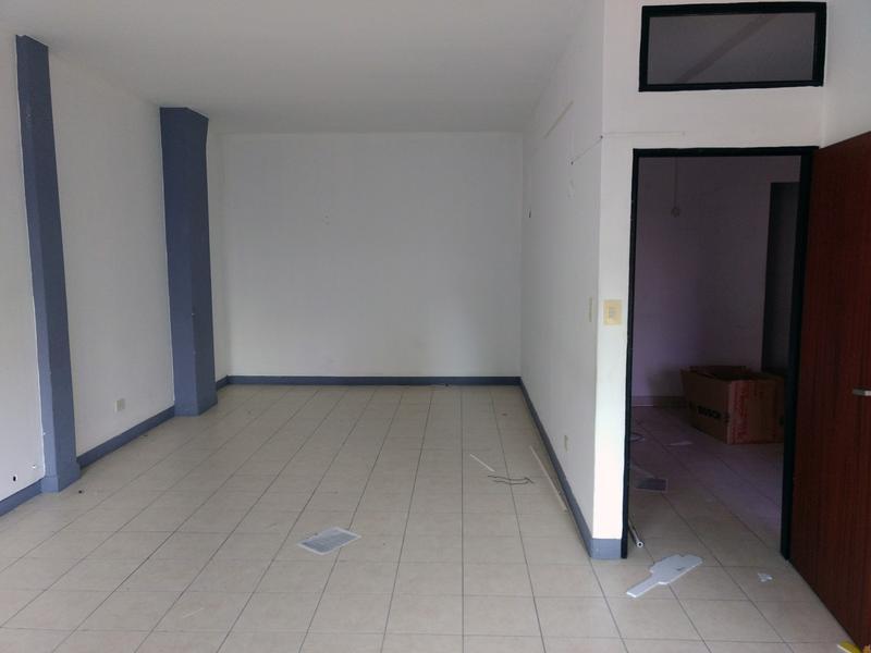 Foto Oficina en Alquiler en  Centro (Campana),  Campana  Rocca al 200