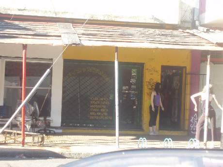 Foto Local en Alquiler en  Piñeyro,  Avellaneda  Av. Galicia al 200