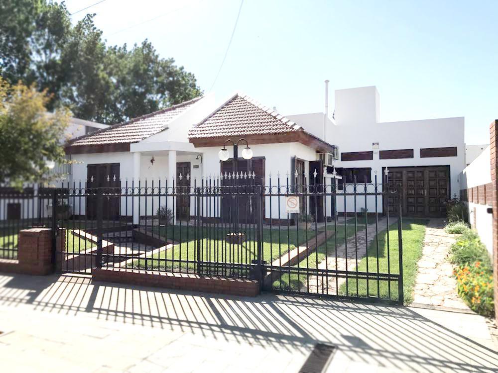 Foto Casa en Venta en  Talleres,  General Pico  Calle 1 Nº al 500