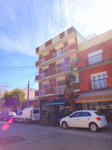 Foto Departamento en Venta en  La Perla Norte,  Mar Del Plata  3 de Febrero al 3600