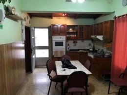 Foto thumbnail Casa en Venta en  Temperley Oeste,  Temperley  Vicente F. Lopez 1125