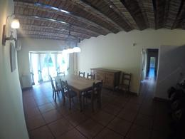 Foto thumbnail Casa en Alquiler en  Ituzaingó ,  G.B.A. Zona Oeste  Acceso Oeste y Camino del Buen Ayre