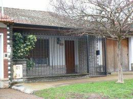 Foto thumbnail Casa en Venta en  Lomas de Zamora Oeste,  Lomas De Zamora  BUSTAMANTE 1000