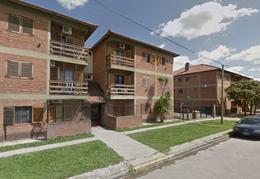 Foto thumbnail Departamento en Venta en  Centro (Campana),  Campana  Bertolini al 400