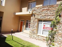 Foto thumbnail Oficina en Venta en  Norte,  General Pico  Av. San Martín e/ 111 y 113
