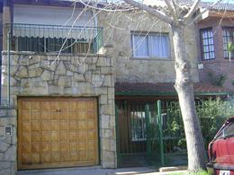 Foto thumbnail Casa en Venta en  Castelar,  Moron  DEAN FUNES entre MONTES DE OCA, AV. y ARIAS