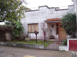 Foto thumbnail Casa en Venta en  El Palomar,  Moron  Estomba al 2300 entre Orense y Villegas