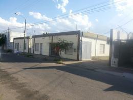 Foto thumbnail Nave Industrial en Alquiler en  San Martin,  Cordoba  USPALLATA al 1400