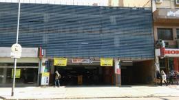 Foto thumbnail Cochera en Venta en  Monserrat,  Centro  Lima al 100 entre Alsina e Hipólito Yrigoyen
