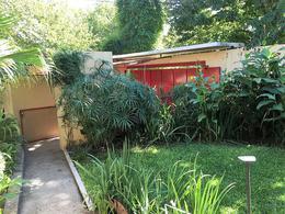 Foto thumbnail Casa en Venta en  Las Lomas de San Isidro,  San Isidro  La Rabida al 1300