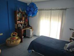 Foto thumbnail Casa en Venta en  Villa Luzuriaga,  La Matanza  APTO CRÉDITO  - CASA - CARRASCO  al 400 - Villa Luzuriaga  - La Matanza