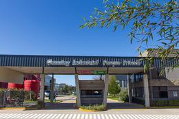 Foto thumbnail Nave Industrial en Alquiler en  Polo Industrial Ezeiza,  Canning  Perito Moreno al 400
