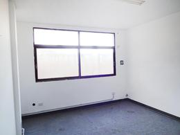 Foto thumbnail Oficina en Alquiler en  Centro,  General Pico  15 e/ 18 y 20