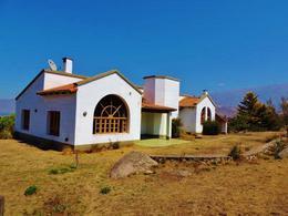 Foto thumbnail Casa en Venta en  Tafi Del Valle ,  Tucumán  3 dorm 250 m2 cub y 6600 m2 lote Zona La Quebradita