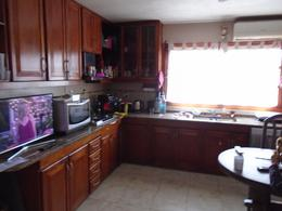 Foto thumbnail Casa en Venta en  Castelar Norte,  Castelar  Eusebio Gimenez al 3300