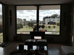 Foto thumbnail Casa en Venta en  Francisco Alvarez,  Moreno  ALMAFUERTE entre  y