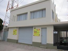 Foto thumbnail Local en Alquiler en  Trelew ,  Chubut  Ecuador al 800