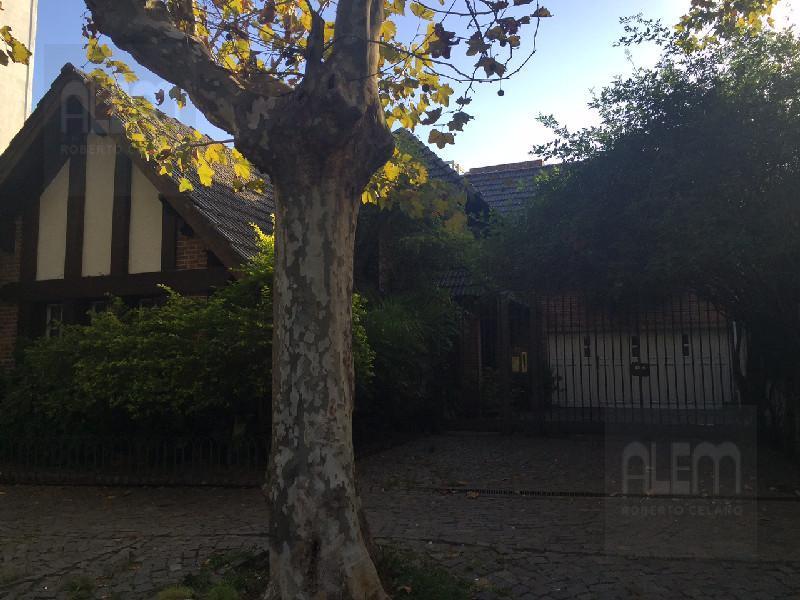Foto Casa en Alquiler en  Lomas de Zamora Oeste,  Lomas De Zamora  España 467