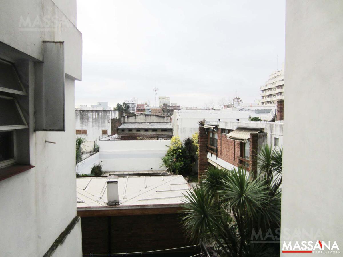 Foto Departamento en Venta en  Floresta ,  Capital Federal   Gonzalez, Joaquin V. al 500