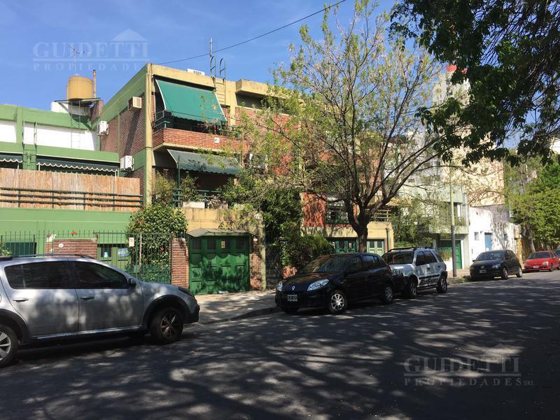 Foto PH en Venta en  Colegiales ,  Capital Federal  Leiva al 3900