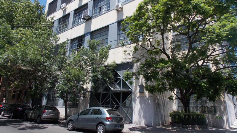 Foto Oficina en Alquiler |  en  Saavedra ,  Capital Federal  PEREZ, ROQUE entre LARRALDE, CRISOLOGO y JARAMILLO