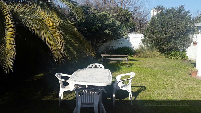 Foto Casa en Venta en  Barrio Jardin,  Cordoba Capital  Esquel al 4500