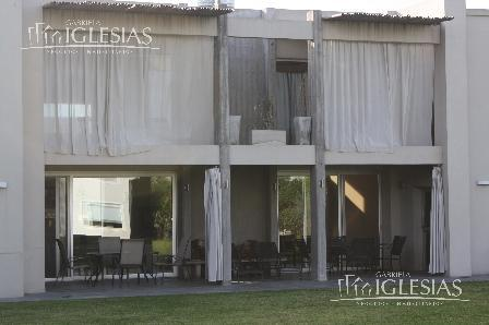 Casa en Venta en Las Caletas a Venta - u$s 970.000