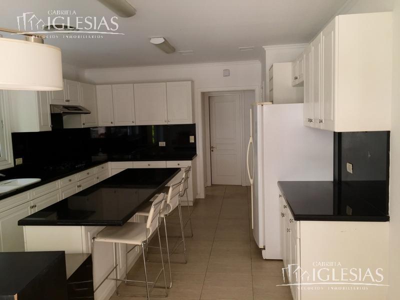 Casa en Venta en La Isla a Venta - u$s 860.000