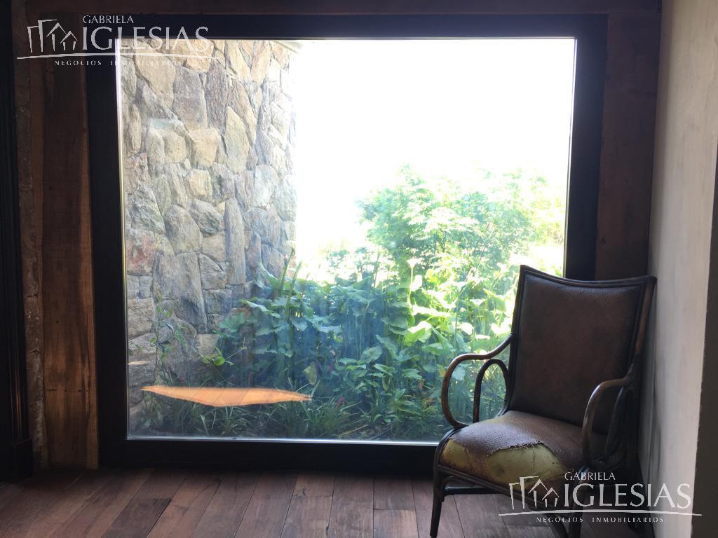 Casa en Venta Alquiler temporario en Nordelta Los Castores a Venta - u$s 3.500.000 Alquiler temporario - u$s 20.000 / u$s 20.000