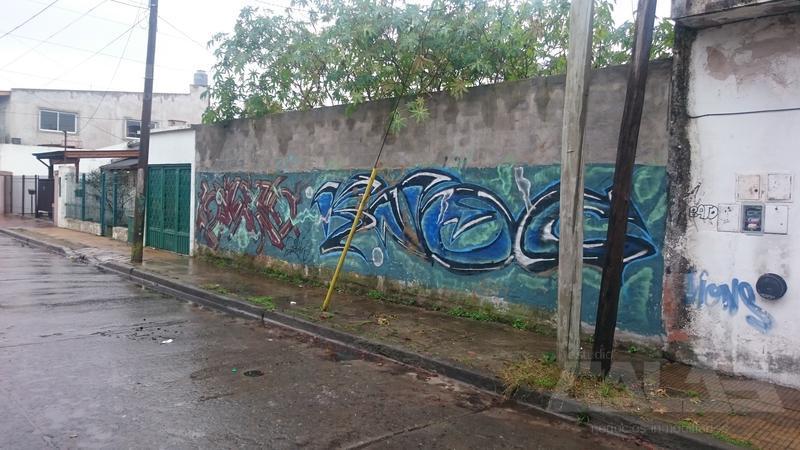 Foto Terreno en Venta en  Ituzaingó ,  G.B.A. Zona Oeste  Paul Groussac al 3300