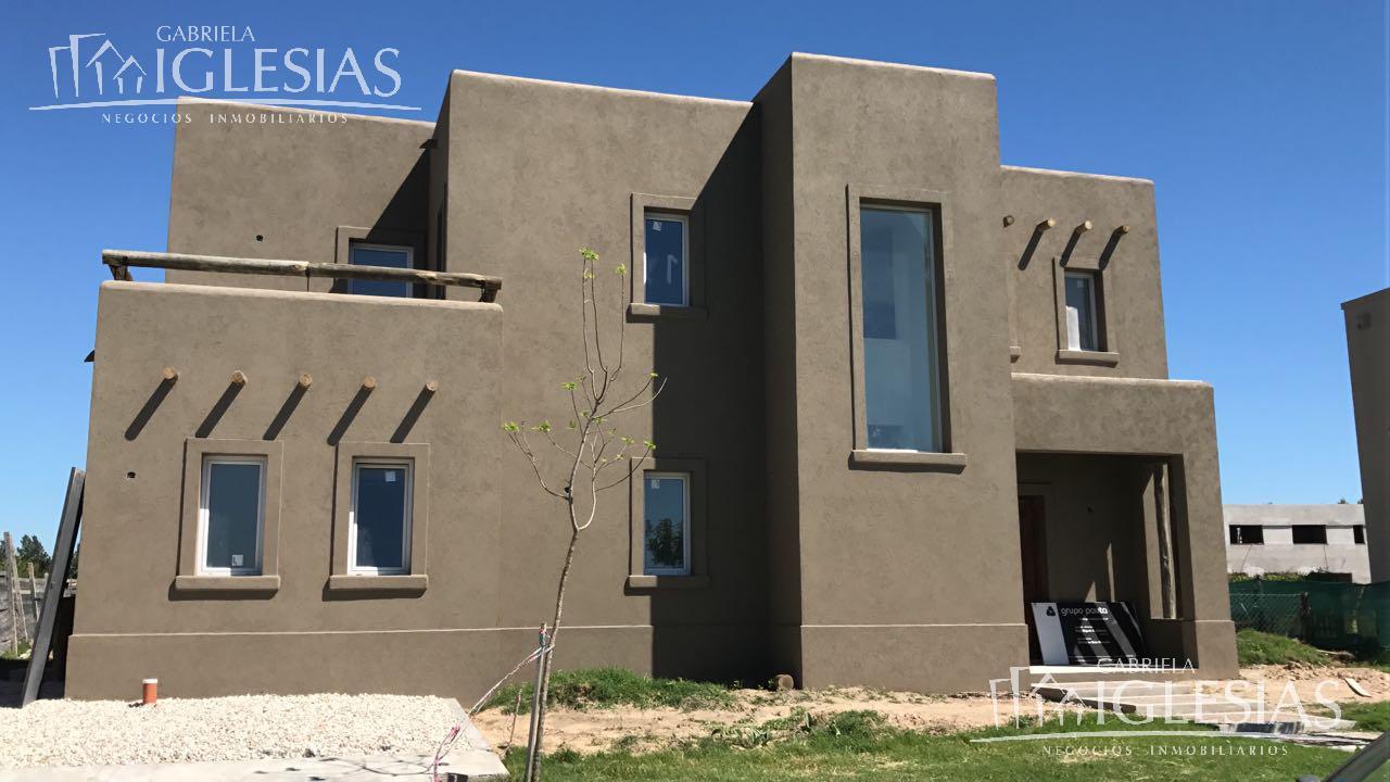 Casa en Venta en San Gabriel a Venta - u$s 330.000