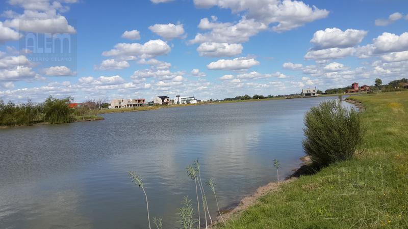 Foto Terreno en Venta en  Country Santa Rita,  Countries/B.Cerrado  Santa Rita | Lote