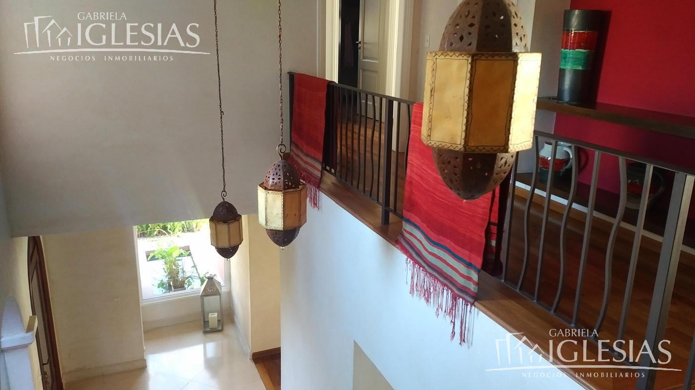 Casa en Alquiler Venta en La Isla a Alquiler - u$s 9.500 Venta - u$s 1.950.000