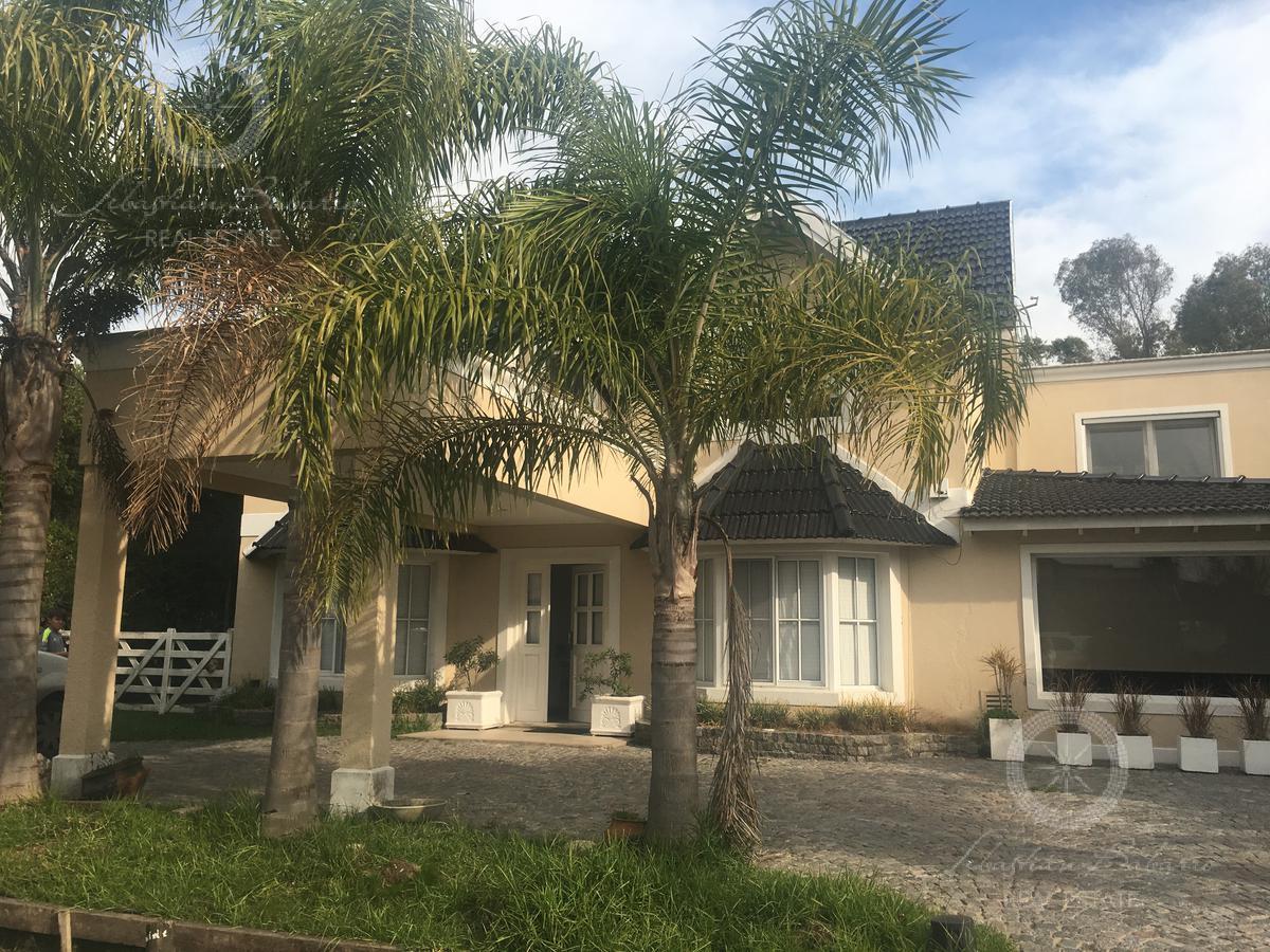 Foto Casa en Alquiler temporario en  Echeverria Del Lago,  Countries/B.Cerrado  Barrio Echeverria del  Lago