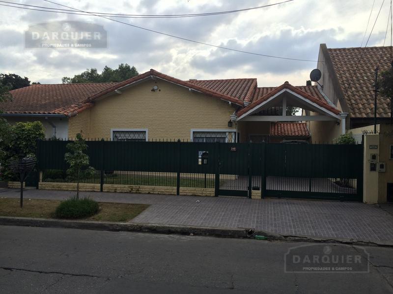Foto Casa en Venta en  Adrogue,  Almirante Brown  BOUCHARD 349