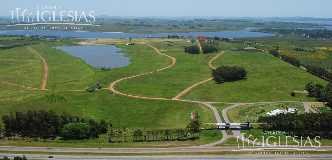 Terreno en Venta en Punta del EsteLago de los Cisnes a Venta - u$s 375.000