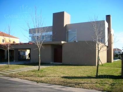 Casa en Alquiler en La Alameda a Alquiler - $ 36.000