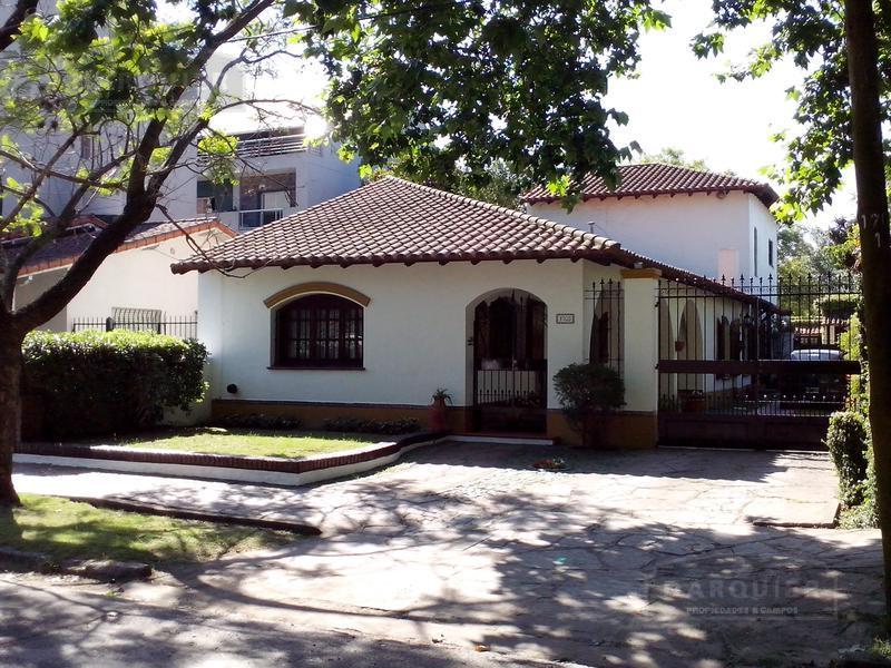 Foto Casa en Venta en  Adrogue,  Almirante Brown  BOUCHARD 1703
