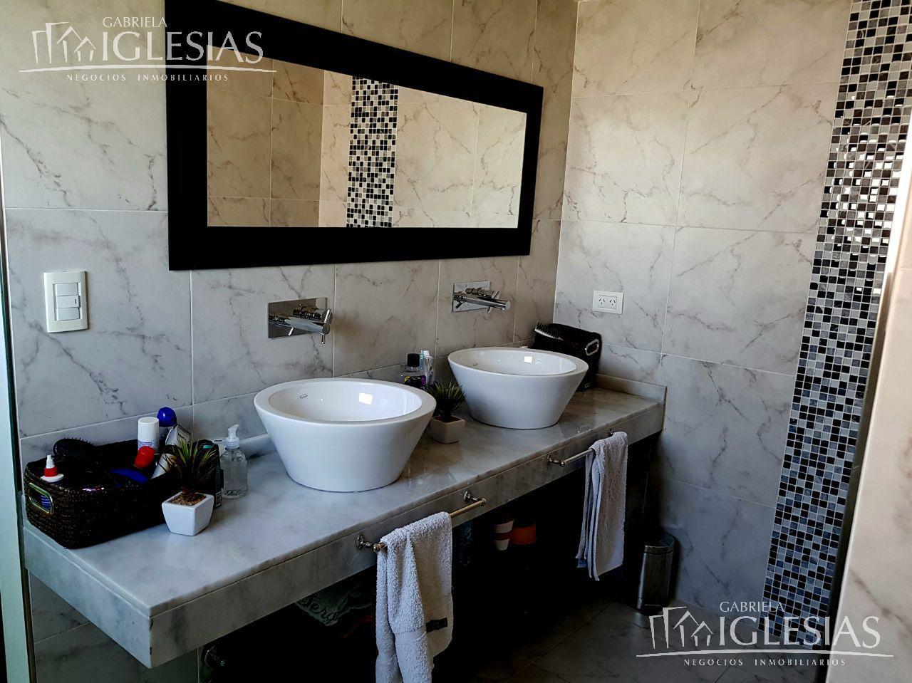 Casa en Venta en Los Lagos a Venta - u$s 499.000