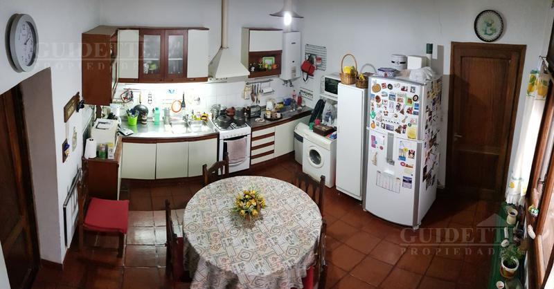 Foto Casa en Venta en  Saavedra ,  Capital Federal  Rómulo Naón al 3500