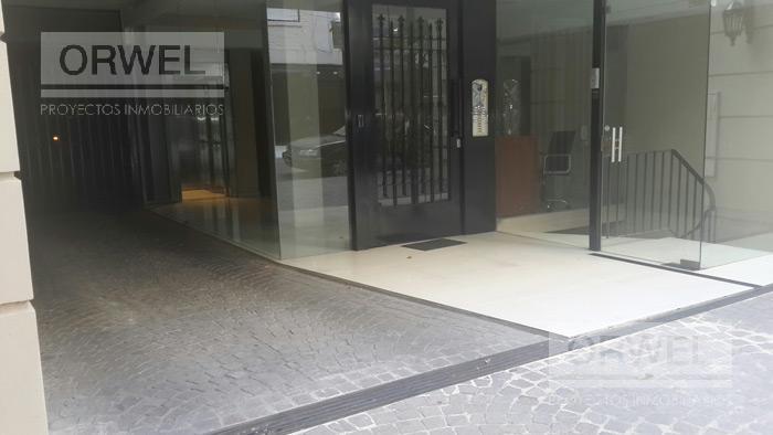 Foto Departamento en Alquiler en  Recoleta ,  Capital Federal  Excelente departamento de dos dormitorios amueblado . Ayacucho 1600