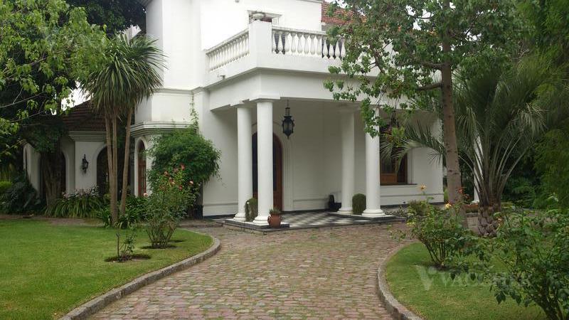 Foto Casa en Venta en  Monte Grande,  Esteban Echeverria  Rivadavia 734