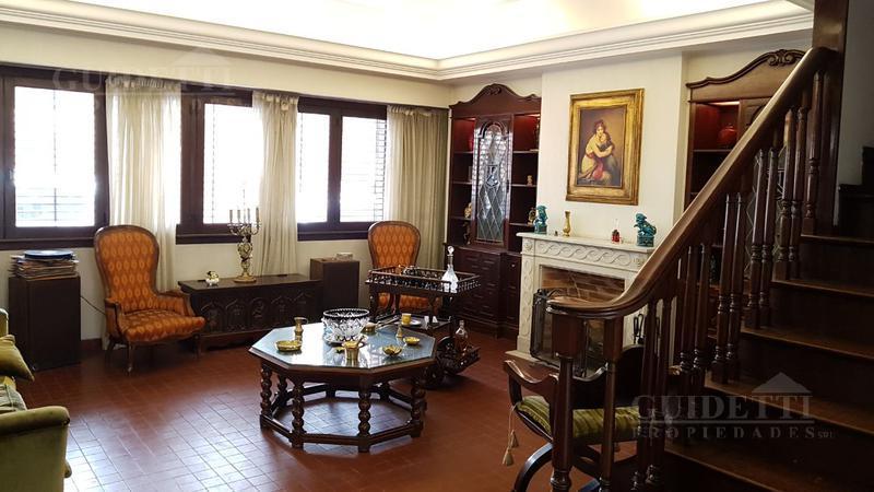 Foto Casa en Alquiler |  en  Saavedra ,  Capital Federal  Superi al 3500