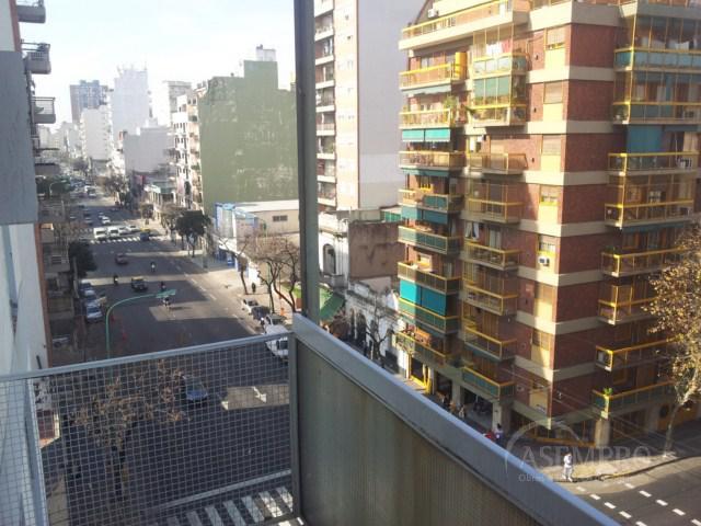 Foto Departamento en Alquiler temporario en  Almagro ,  Capital Federal  INDEPENDENCIA al 3900