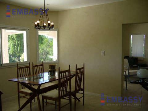Foto Casa en Alquiler en  Talar Del Lago,  Countries/B.Cerrado  Alquiler Temporal - Talar del Lago 1 - Tigre - Pacheco -  5 ambientes 5 baños, pileta