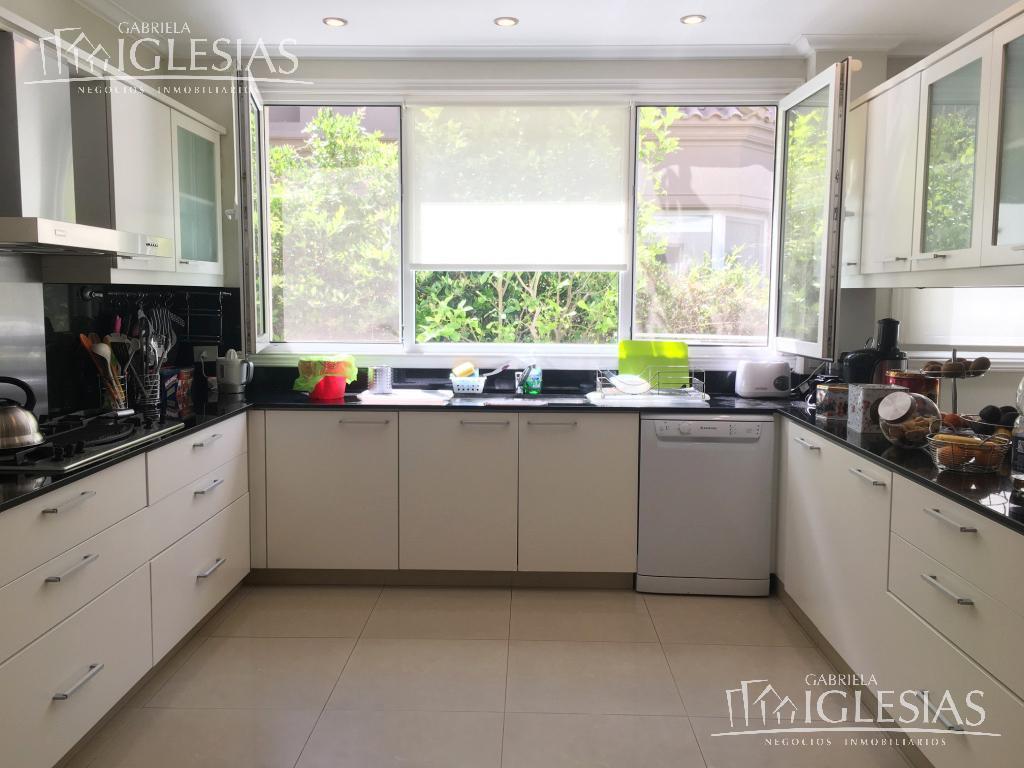 Casa en Venta en Los Castores a Venta - u$s 1.450.000