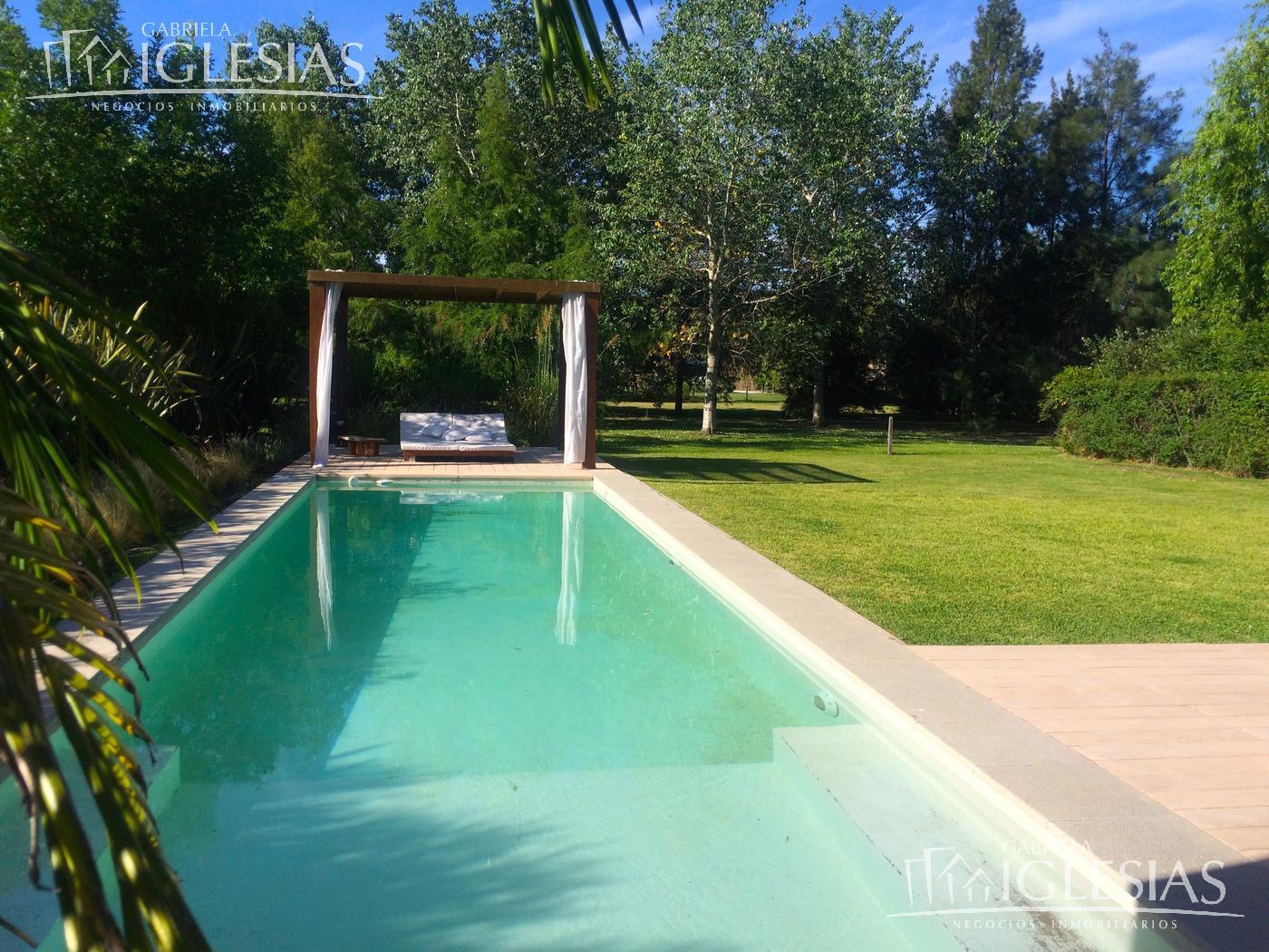 Casa en Venta en Los Castores a Venta - u$s 680.000
