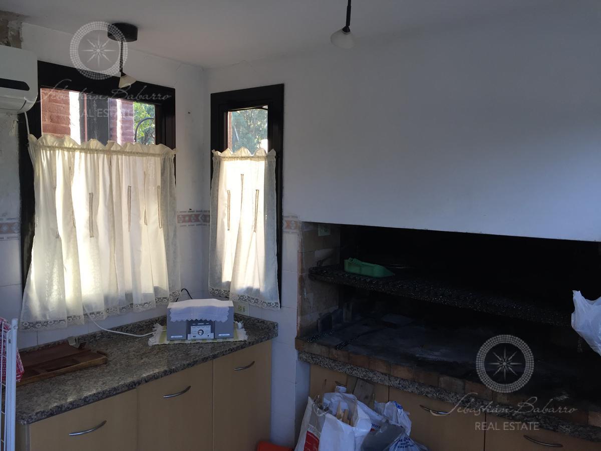 Foto Casa en Venta en  Country El Paraíso,  Guernica  Barrio El Paraiso