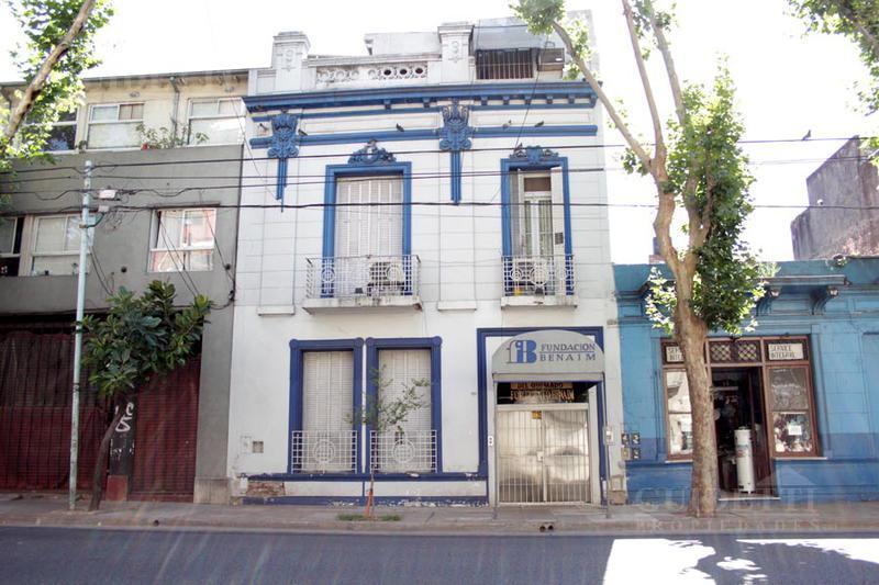 Foto Edificio Comercial en Venta en  S.Cristobal ,  Capital Federal  Alberti al 1000